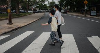 Nước Mỹ mở cửa, nhiều người gốc Á vẫn sợ ra khỏi nhà